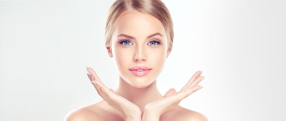 Mikrodermabrasion - effektive, schonende Behandlung zur Regeneration und Verjüngung der Haut